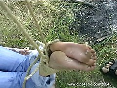 Footjob, Long toenails footjobs
