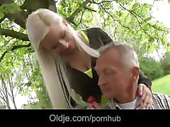 Bus, Girlfriend, Old Man, Johnny hits his hot blonde stepmom s ass