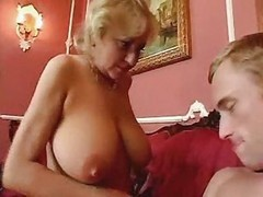 Granny, Pump, Homemade granny and young girl threesomes fucking