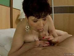 Granny, Chubby, Blowjob, No hands blowjob