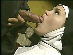 Nun, Ebony nun