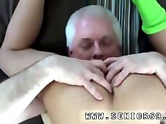 Cuckold, Blindfolded wife doesnt know she is being shared