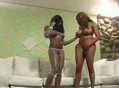 Threesome, Jada fire the baby sitter