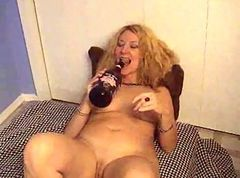 Bottle, Russian mature mom in the bathroom