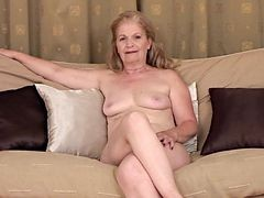 Granny, Masturbation, Black men masturbating