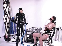 Rubber, Rubber latex domina smoking